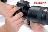 Из-за меньшего размера, камера Nikon D5500, при использовании такого вот большого объектива, заметна уступает в удобстве использования камере Canon EOS 750D