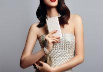 Xiaomi Mi Max в руках